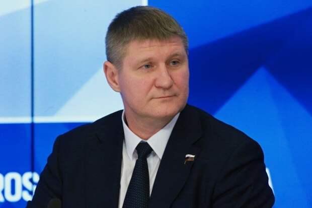 Шеремет резко ответил на попытку Зеленского запугать жителей Крыма и Донбасса