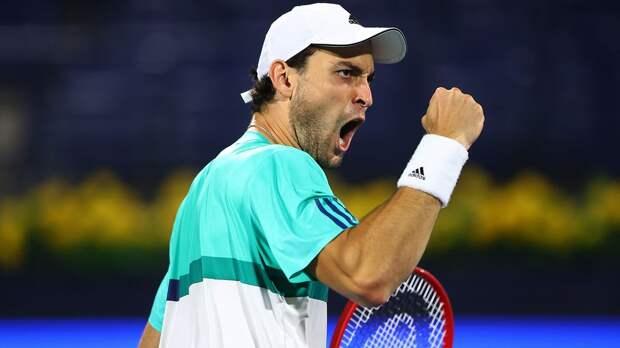 Карацев победил Рублева и вышел в финал турнира в Дубае