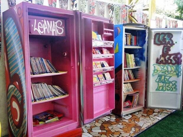 9. На книжных ярмарках придумали интересные прилавки Фабрика идей, дизайн, интересно, места для хранения, полезно, фото