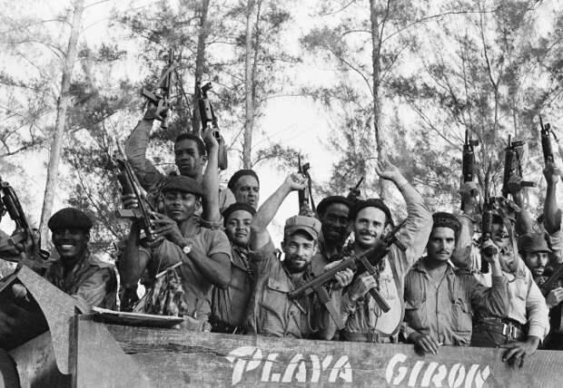 Бой у Плайя-Хирон: как советские морпехи спасли Кубу от вторжения США