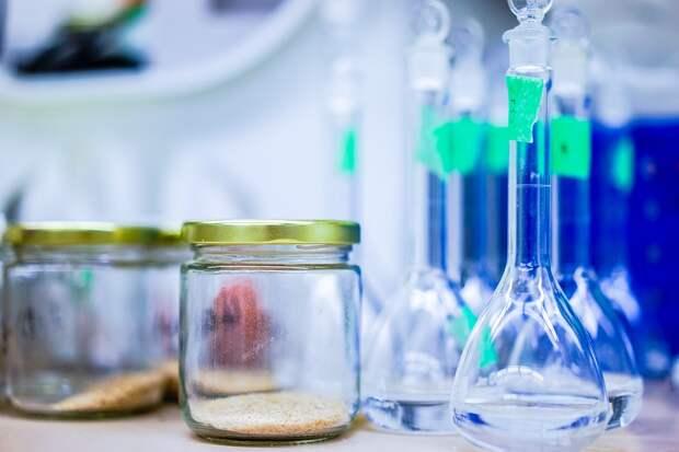 9-классники Удмуртии на ОГЭ по химии и физике будут проводить эксперименты