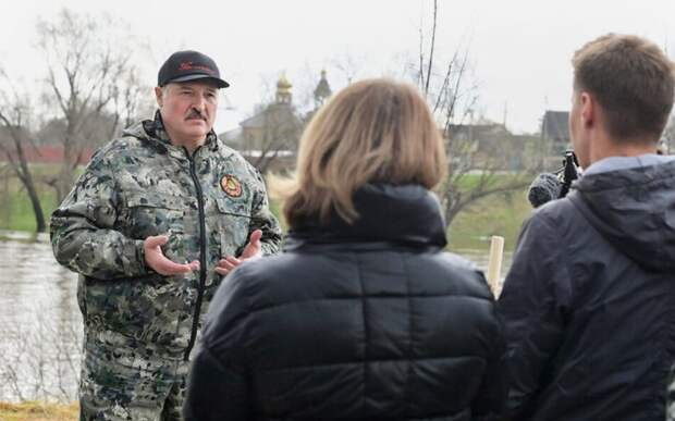 Лукашенко обвинил США в подготовке покушения на него и детей