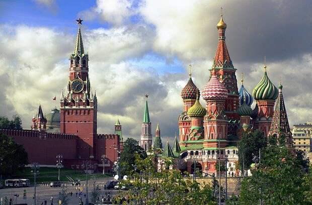 Знаменитости записали подкасты о любимых местах столицы
