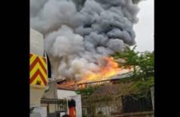 Пожар вспыхнул во французском Версале