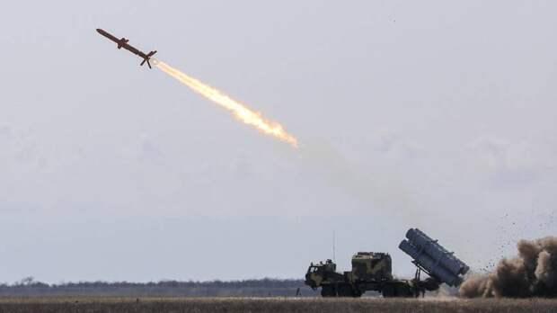 Арестович решил напугать Россию украинской ракетной программой