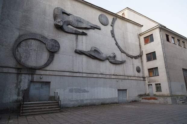 Дворец культуры в Воронеже продали застройщику: как сохранить его для города и детей?