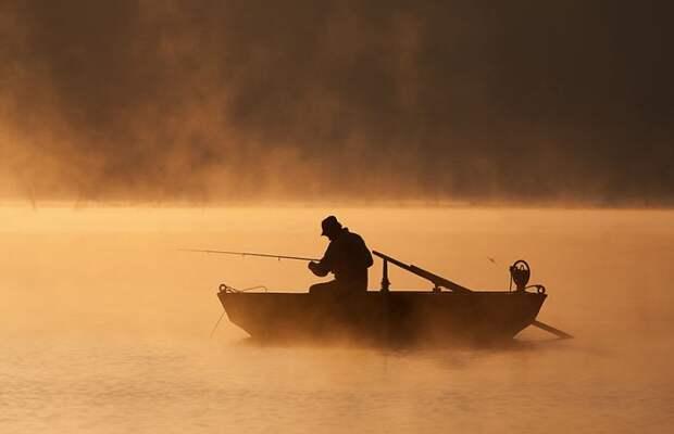 Туманная жизнь наозере