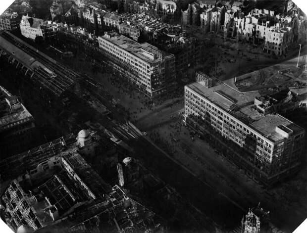 950 Послевоенный Берлин с высоты птичьего полета