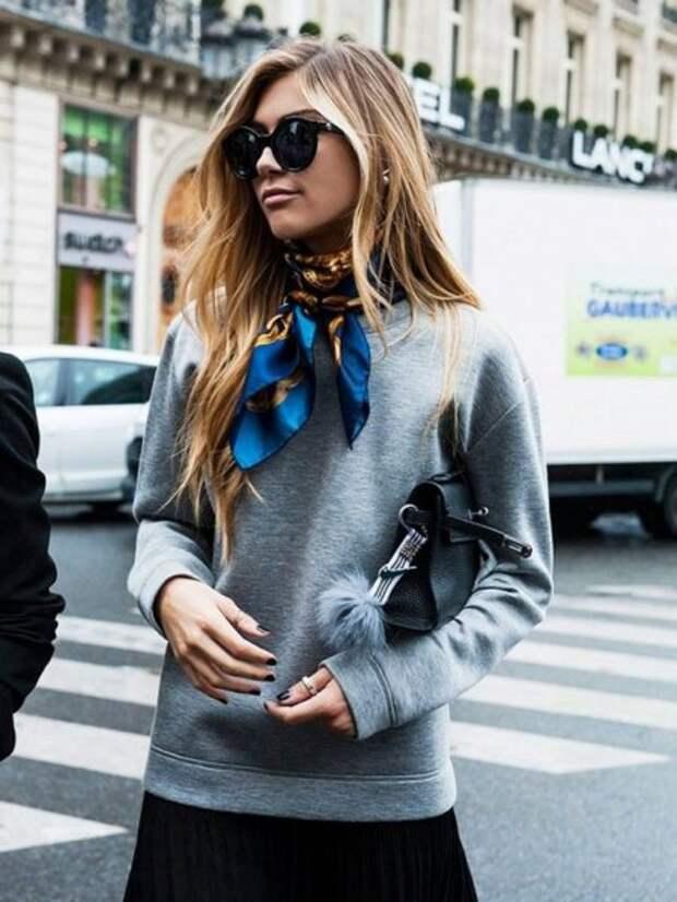 7 модных трюков, как носить обычный платок по-новому этой весной