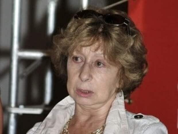 Суд не разрешил Лие Ахеджаковой выступать общественным защитником Серебренникова