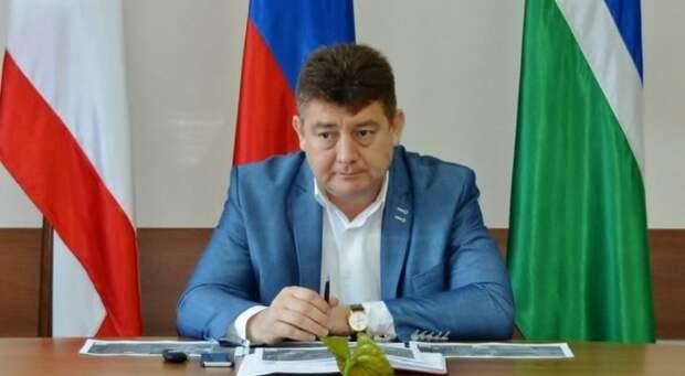 Аксенов назначил нового главу Госкомнаца