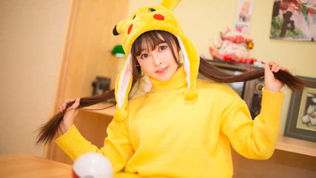Красивые и сексуальные косплеи самого популярного покемона