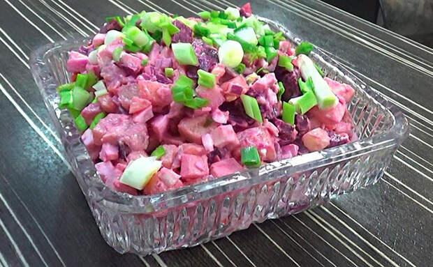 Винегрет и шуба в одном салате: готовим финский застольный хит Росоли