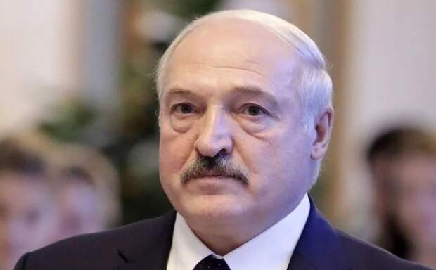ЕС не признает Лукашенко? Да флаг Вам в руки!