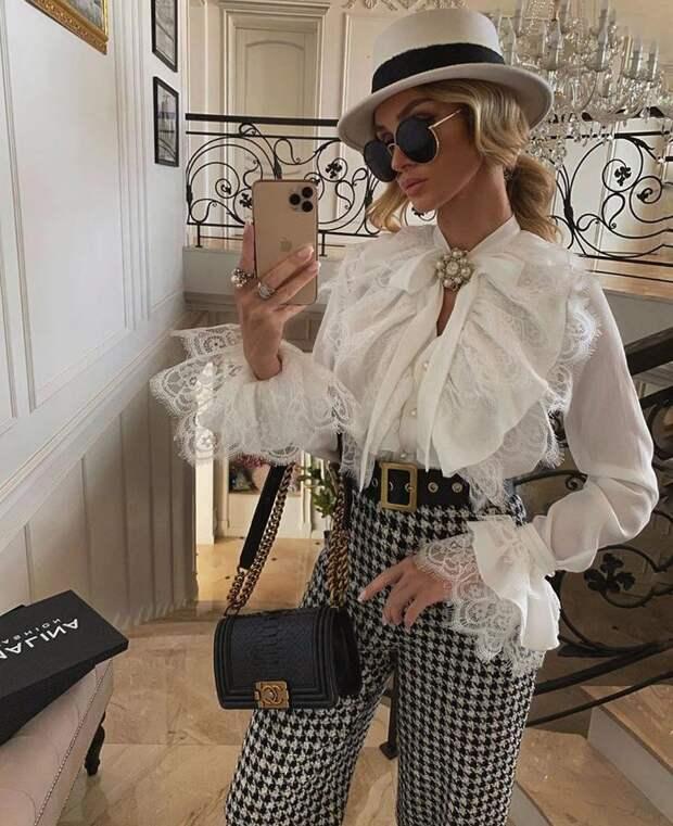 Модные блузки: 25 стильных новинок, которые дополнят ваш гардероб