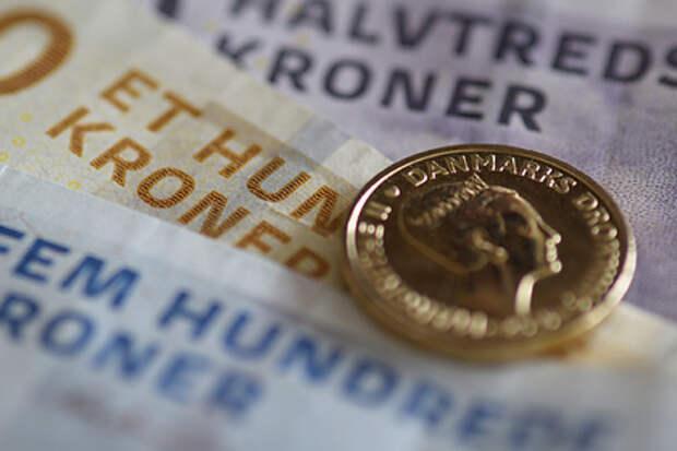 Дания раздаст деньги гражданам просто так