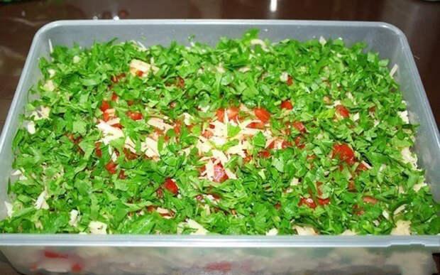 «Самый вкусный салат, который я когда-либо пробовала!» — название такое )
