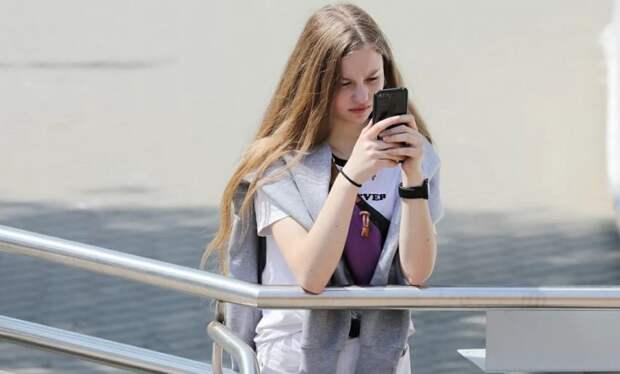 Сергунина: Аудиогидом в приложении «Узнай Москву» воспользовались более 60 тысяч раз Фото: mos.ru