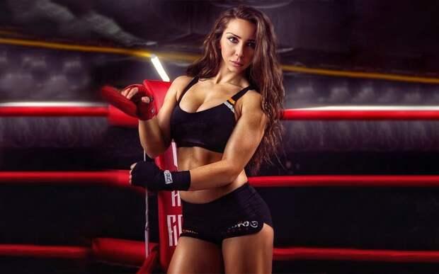 """Девушка-боксер из России: """"Минеев нокаутирует Исмаилова. Он напоминает мне Макгрегора"""""""