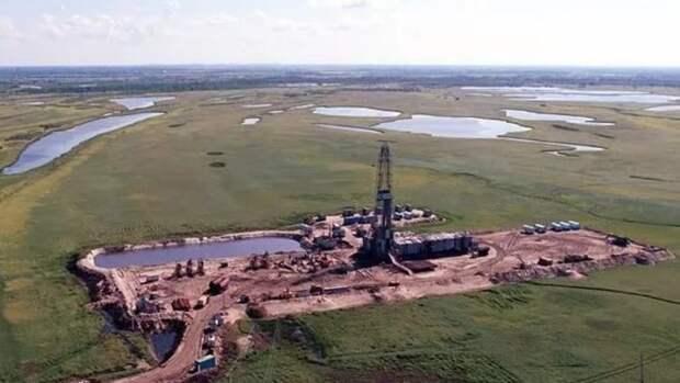 12-миллиардную тонну нефти добыли вЮгре