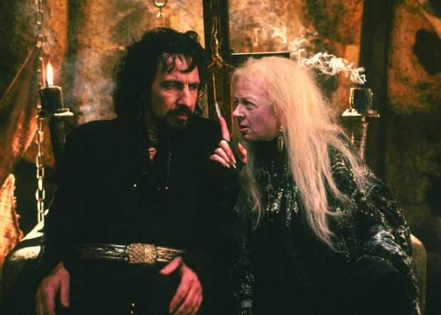 Кто скрывался под маской жуткой ведьмы из фильма «Робин Гуд: Принц воров».
