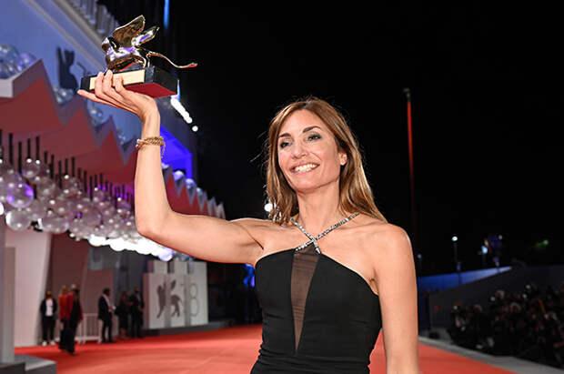 Венеция-2021: победа Пенелопы Крус и другие итоги кинофестиваля