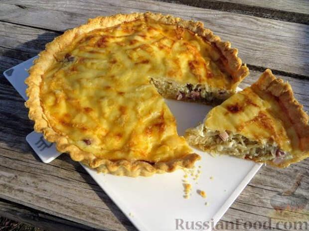 Французский луковый пирог с грудинкой