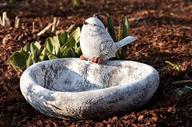 Купальня-поилка для птиц - оригинальное украшение доя сада
