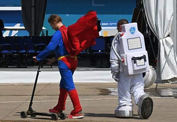 Главные новинки авиасалона МАКС-2021: «Шах и мат», «Кукурузник-Партизан», скафандр для лунной миссии
