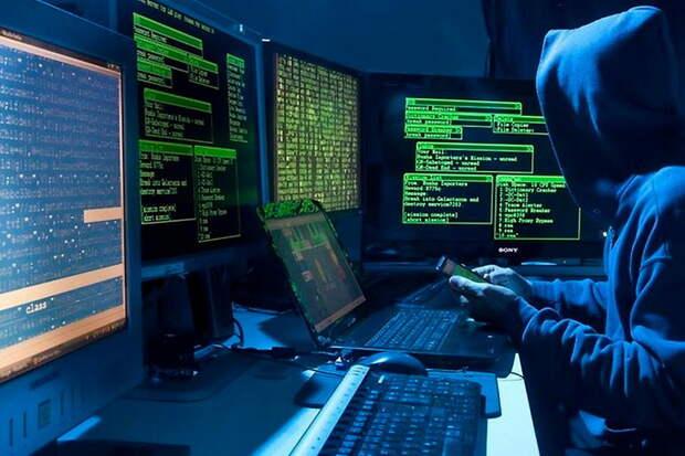Белый хакер проник во внутренние системы Tesla, Apple и Microsoft