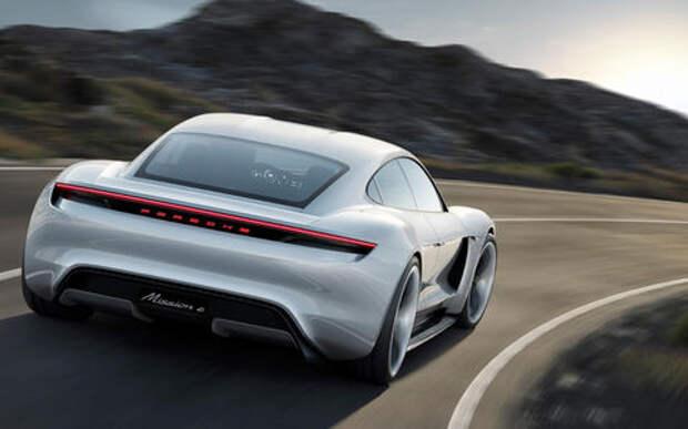 Porsche рассказала о своем первом в истории электромобиле
