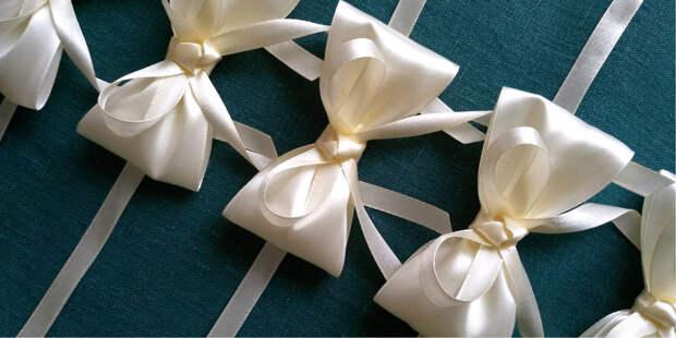 Как завязать красивый бант на подарке? Три мастер-класса