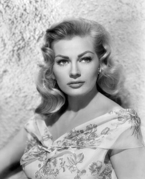 Анита Экберг, 1956 год (Wikimedia / Bud Frakes)