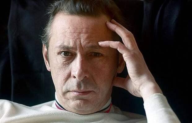 1 октября легенде отечественного театра и кино Олегу Ефремову исполнилось бы 90 лет