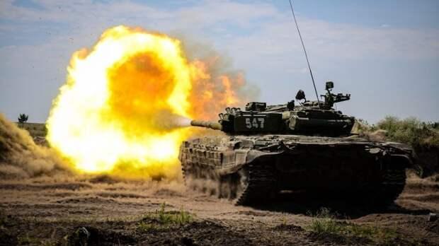 На танках до Кабула: Россия усиливает на границе с Афганистаном бронегруппу