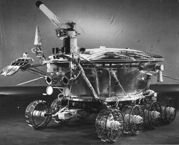 434279main soviet rovers lunokhod.jpg