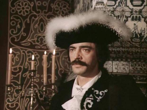 Михаил Боярский в фильме *Гардемарины, вперед!*, 1987 | Фото: kino-teatr.ru