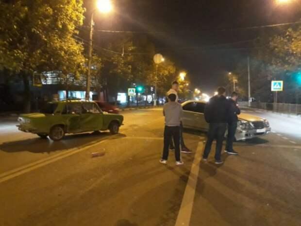 В Севастополе произошло столкновение «легковушек»