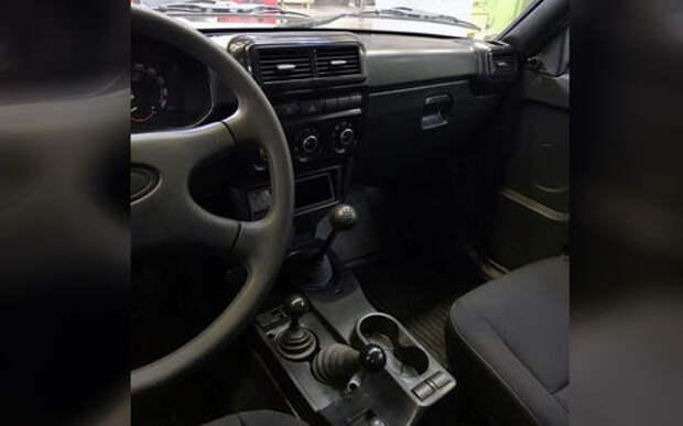 Обновленная Lada 4x4 получила одну подушку безопасности. И та боковая