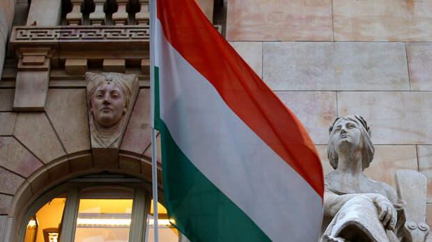 Onet: Венгрия гордится тем, что получила вакцину «Спутник V» — а в Брюсселе недовольны
