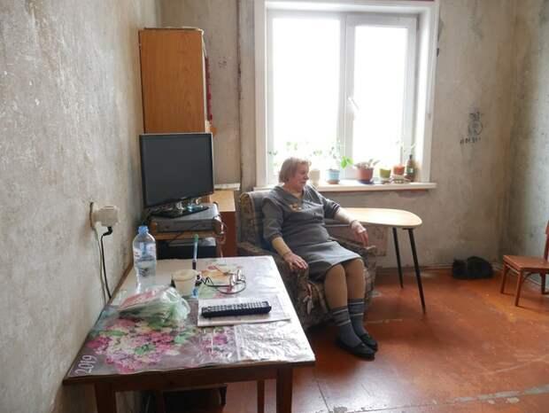 Строитель из Екатеринбурга бесплатно делает ремонт ветеранам