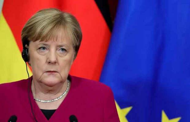 Меркель задумалась о новых санкциях против России