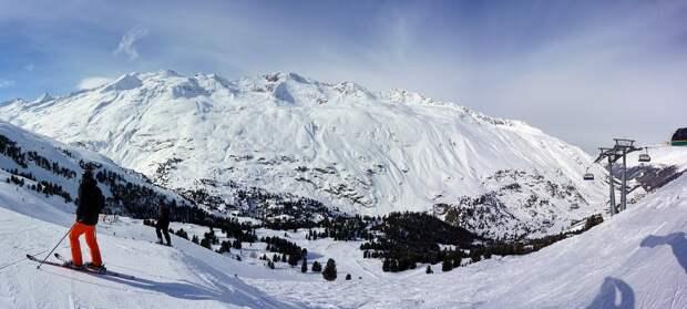 Наткнувшийся на собственную лыжу турист погиб на горнолыжном курорте на Кузбассе