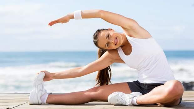 «Если жив пока еще – гимнастика!»: как делать зарядку по утрам