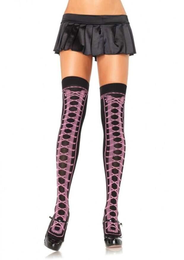 Европейская мода: гольфы, чулки, высокие носки. И как это смотрится? Вульгарно? Красиво? Или ужасно?
