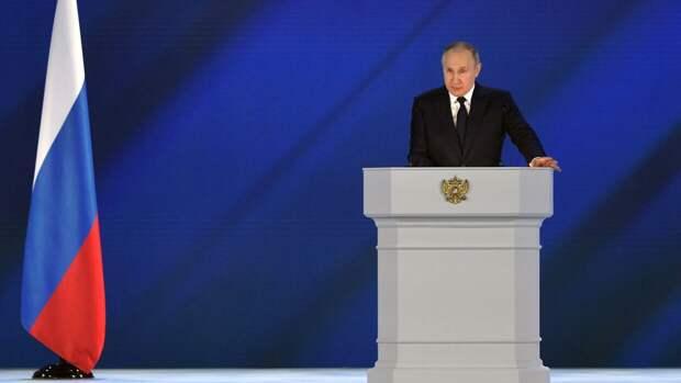«Желаю захватывающих матчей»: Путин поздравил Ночную хоккейную лигу с юбилеем