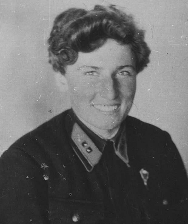 Екатерина Буданова - Гвардии старший лейтенант, воевала в составе 586-го, 437-го, 296-го (73-го Гвардейского) истребительных авиаполков