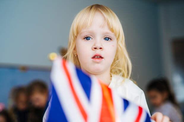 В Великобритании школьникам запретили кашлять