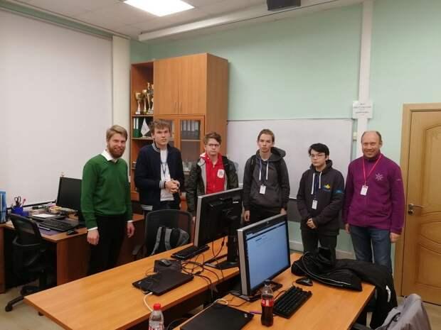 Сборная России завоевала 3 золотые медали на Международной Олимпиаде по информатике