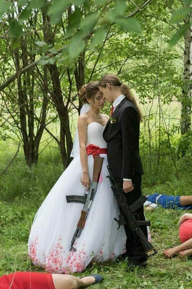 Свадебные фотографы и их гениальные задумки брак, жених, невеста, прикол, свадьба, семья, юмор